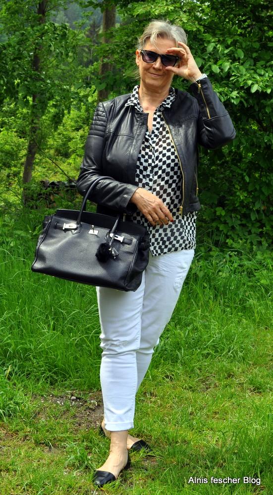 Schwarz/Weiß geht immer!