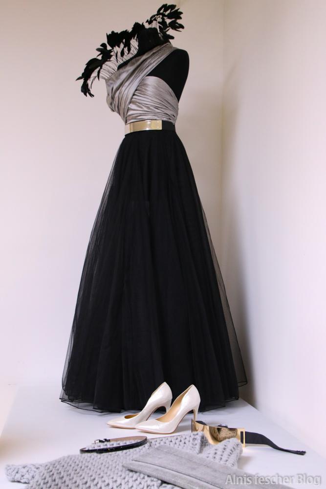 JCHOERL: Robe de Soirée im Atelier