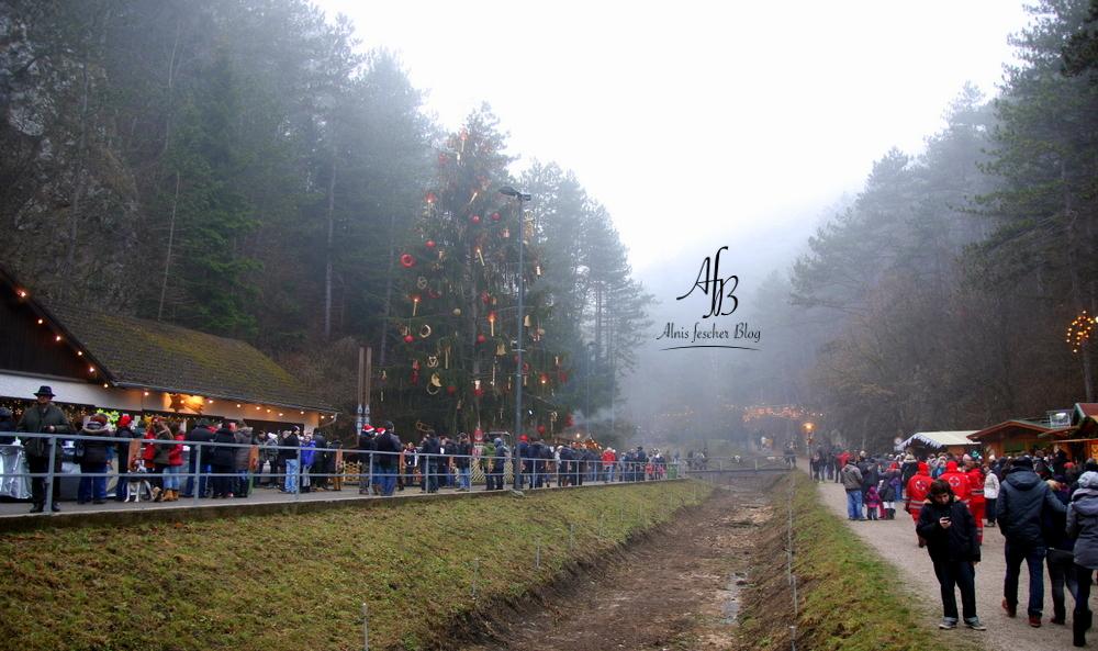Weihnachtsmarkt in der Johannesbachklamm