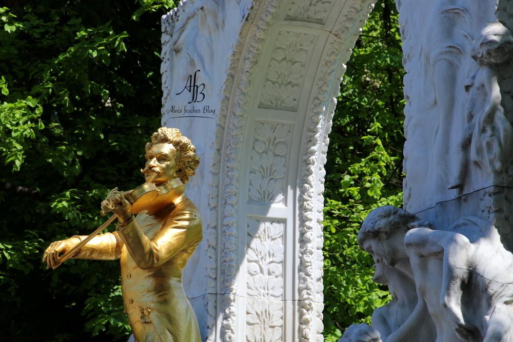 Genuss-Festival und Kursalon Hübner im Stadtpark
