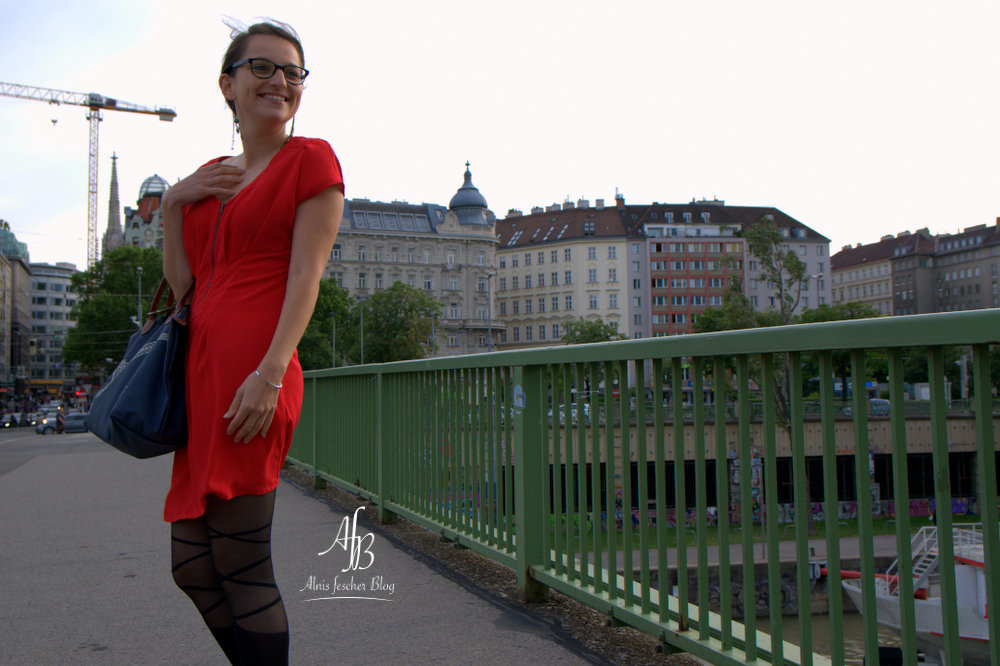 Red dress wandering through Vienna