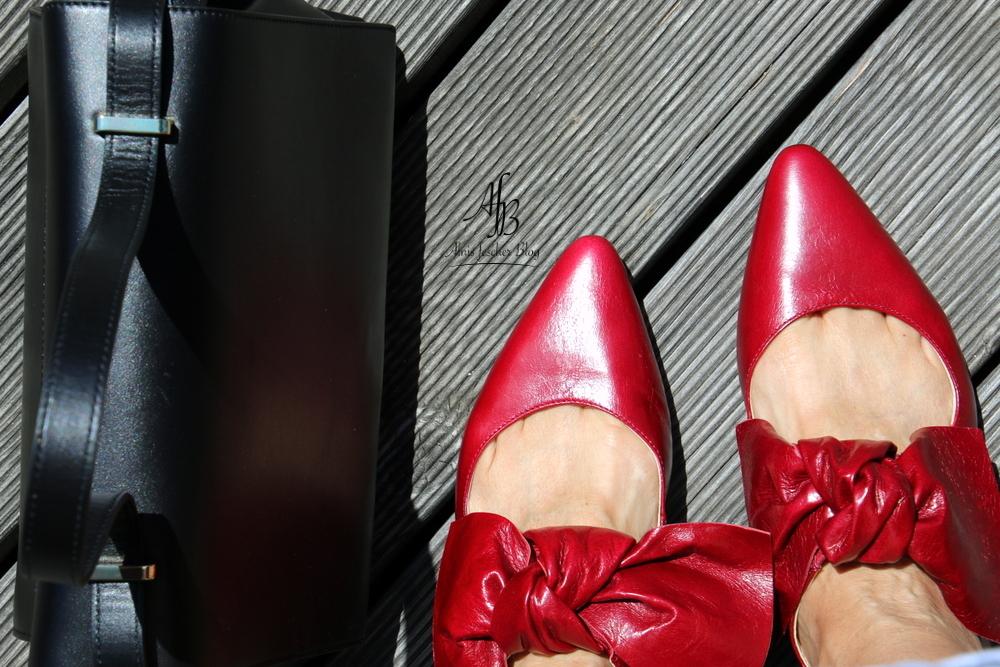 Rote Schleifen: Ganz große Schuhliebe!