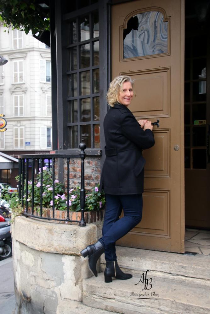 A parisian affair & Other Stories