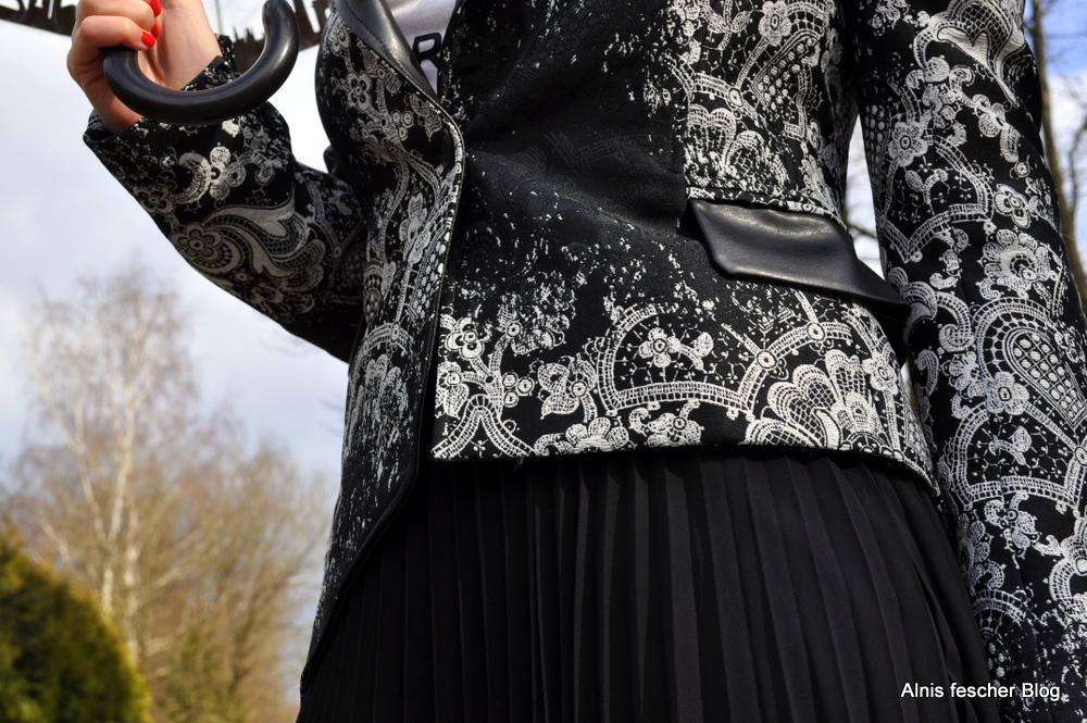 Black + white Style Mix