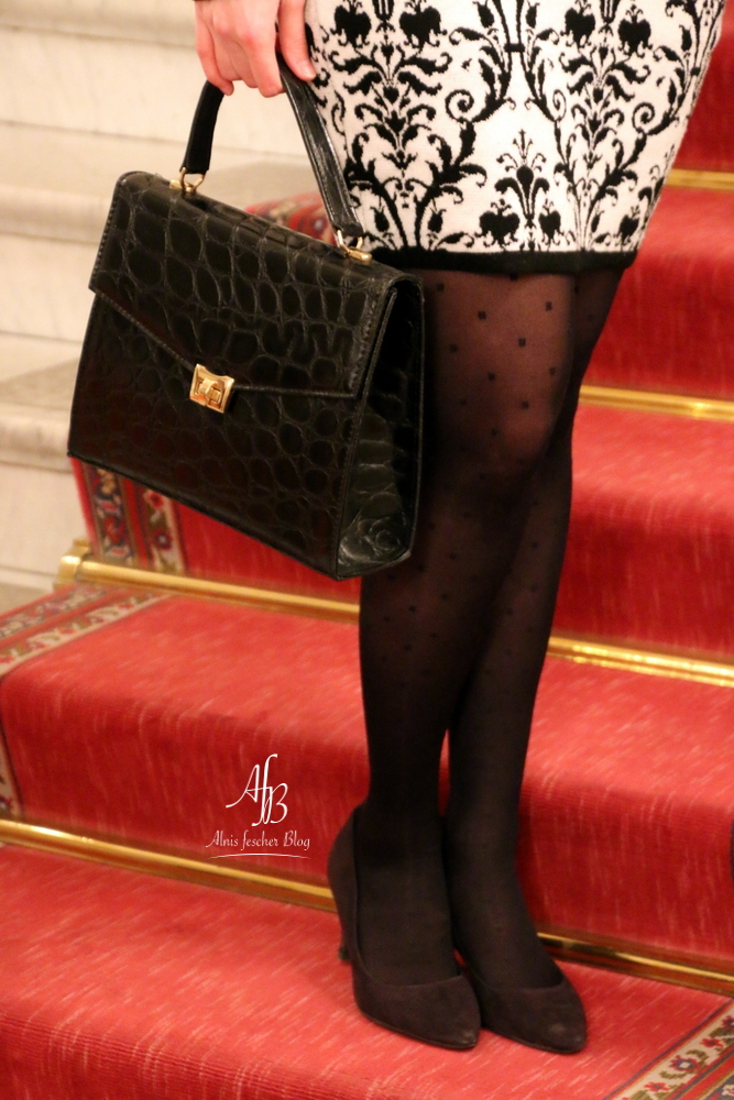 Kurzes Abendkleid zur Eröffnung der French Fashion Week