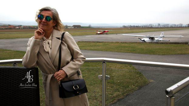 Outfit: Flug über den Wolken