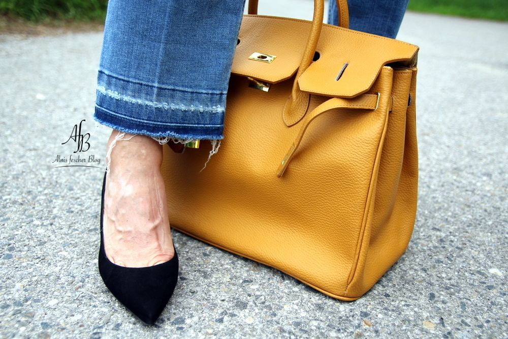 Outfit: Longbluse, Jeans und Kelly Bag Style