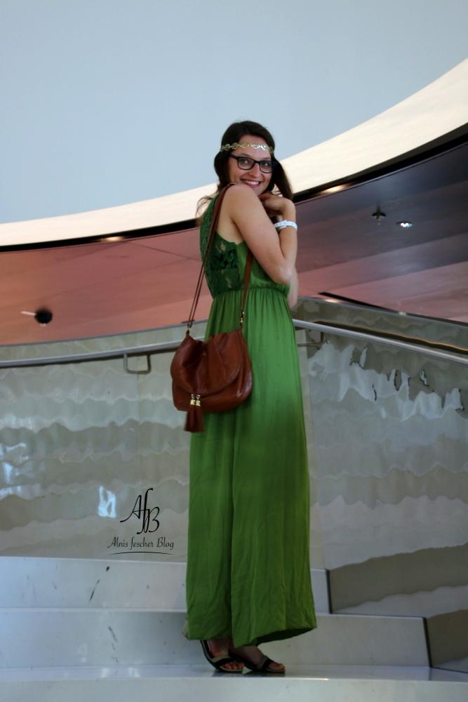 Outfit: Langes Sommerkleid in Grün