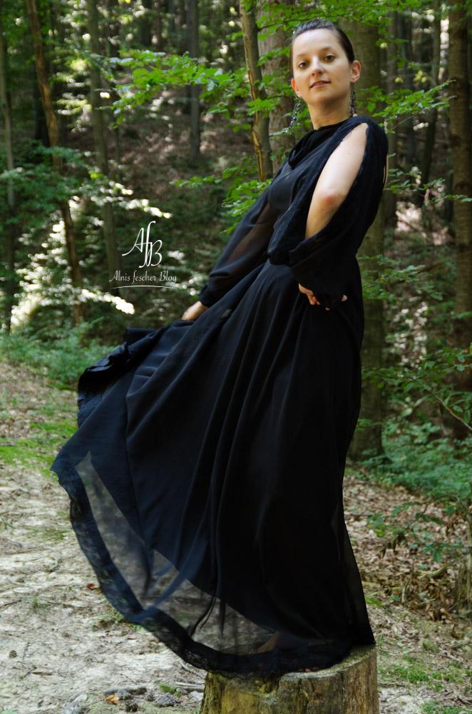 Outfit: Bodenlanges Vintage-Abendkleid
