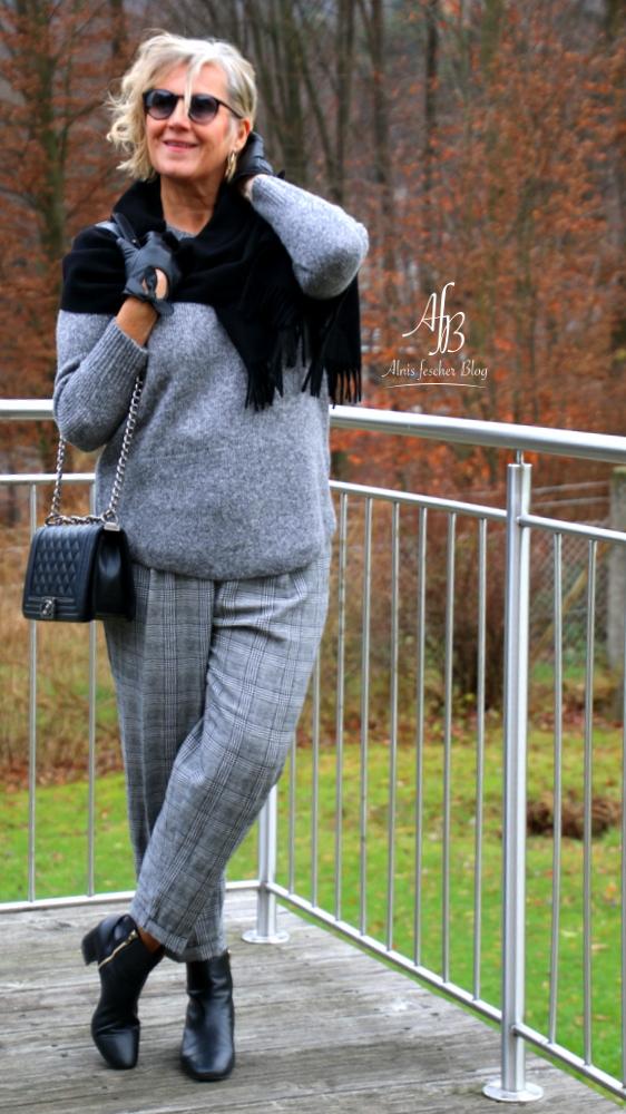 Outfit: Ton in Ton - Grau unterschiedlich kombiniert