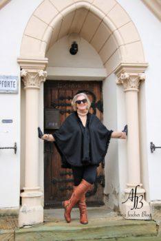 Outfit: Schmuddelwetter mit Stola, Kaschmir und Boots