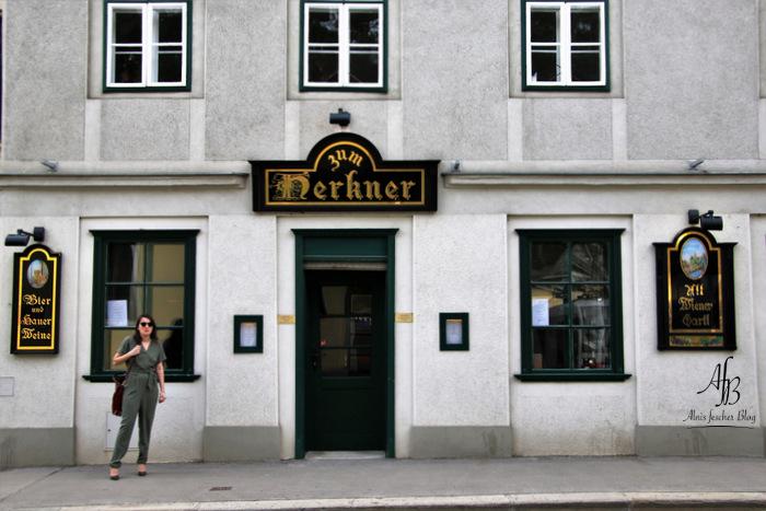 Buchtel-Essen bei Pichlmaiers zum Herkner