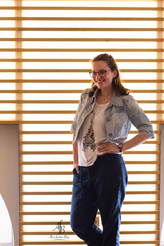 Blau-Weißes Casual Outfit und 15 süße Minuten